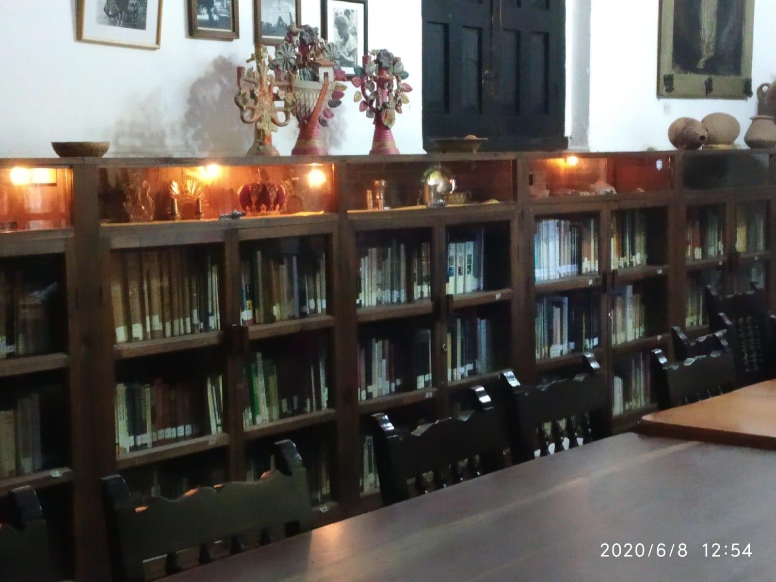 Na Bolom biblioteca