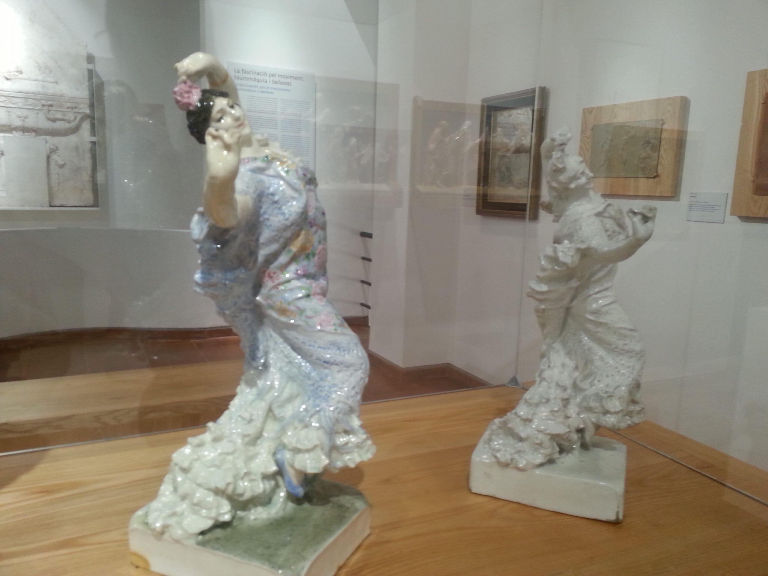 esculturas femeninas en porcelana museo benlliure